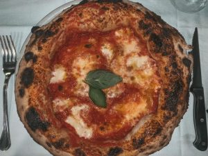 must try dishes Italy pizza