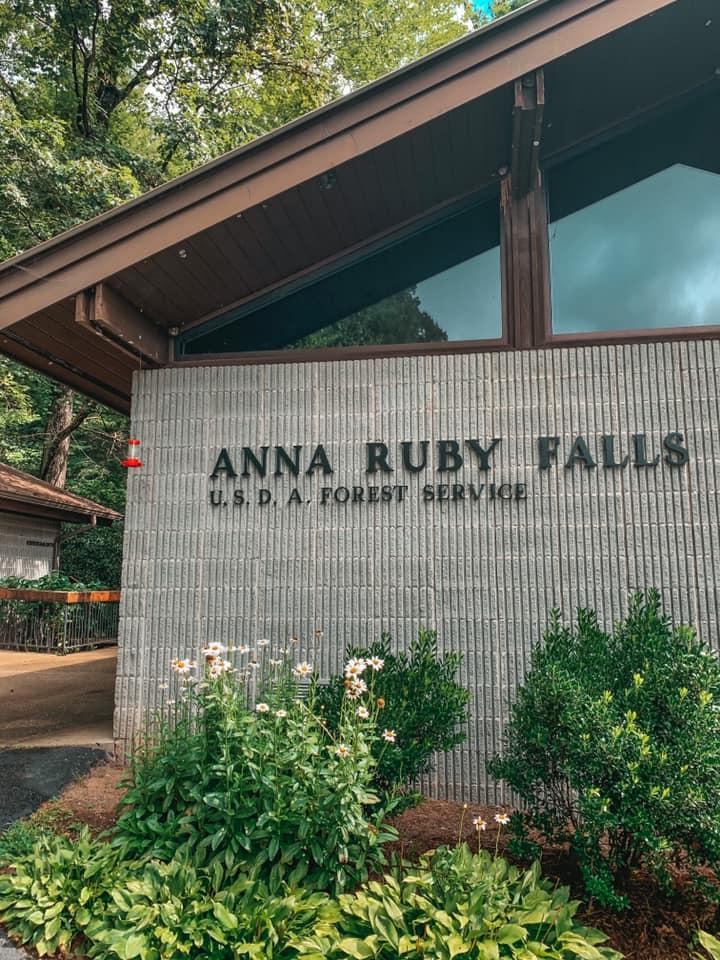 Anna Ruby Falls Center