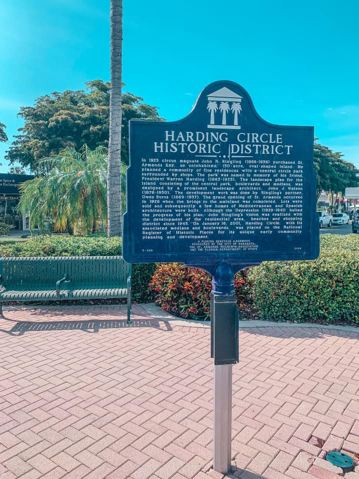 Signage for Harding Circle Historic District
