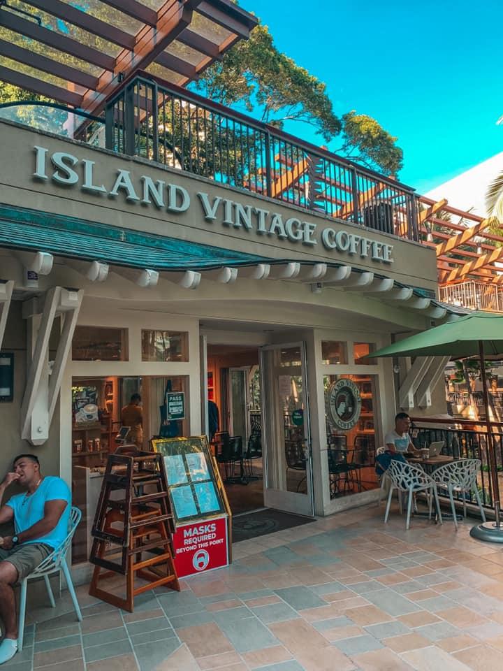 Outside patio area of Island Vintage Coffee in Honolulu