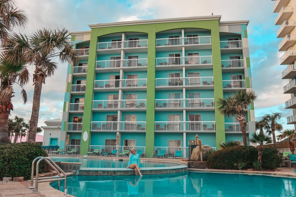 Holiday Inn Express Orange Beach balcony rooms and pool view