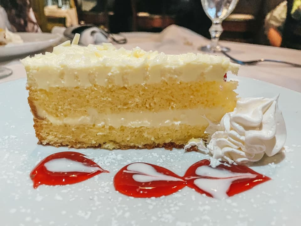 Limoncello cake from Gratzzi
