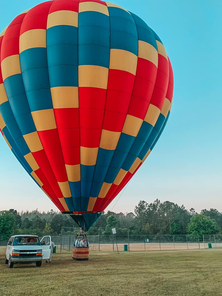 hot air balloon getting ready for takeoff in Tampa Bay