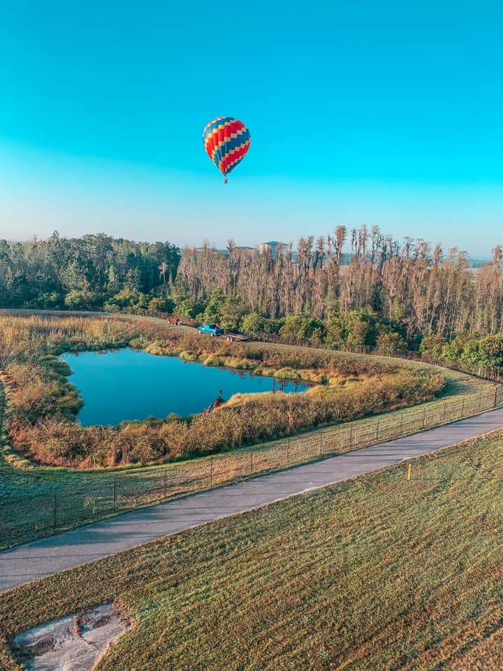 hot air balloon flying over Tampa Bay